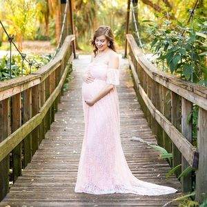 Maternity gown pink lace